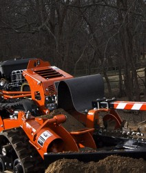 ditch-witch_RT12_master_02_0